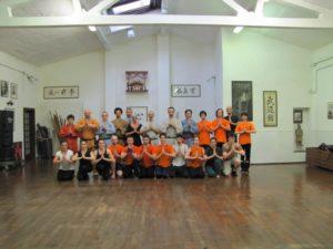foto di gruppo nella sede dell'Associazione Shaolin kung fu Firenze